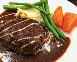 赤身肉100%ハンバーグ